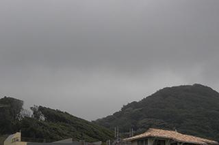 怪しい雲行き.jpg